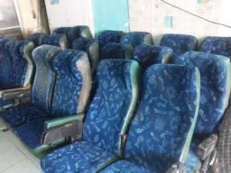 18 Bancos rodoviários de ônibus