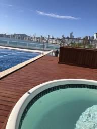 Kitinete 3 pessoas Balneário Camboriú c piscina no condomínio