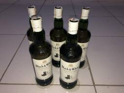 Whisky Black White (1 litro cada)