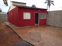 Casa em Santo Antônio do Descoberto, 2 Quartos, Cond. Fechado, para financiar Sem Entrada