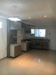 Apartamento com 03 quartos para locação