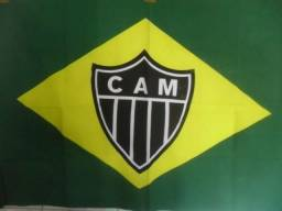 Bandeira do Brasil com Símbolo Escudo Atletico CAM Galo 132cm x 86cm torcedor