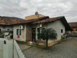 Casa à venda no bairro Rio da Luz - Jaraguá do Sul/SC