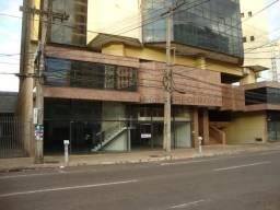 Amplo Salão comercial na Treze de Maio com piso térreo, mezanino e subsolo