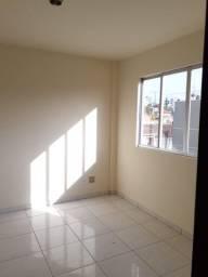 Alugo otimo apartamento 2 quartos