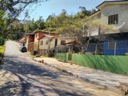 Alugo casa no bairro São Vitor