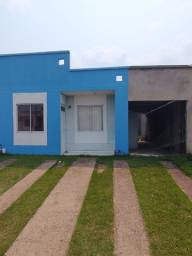 Casa 02 Quartos - Condomínio Bromélia - Toda Murada!!!