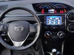 Etios Platinum Sedan 1.5 16v 2016 - Super Conservado!