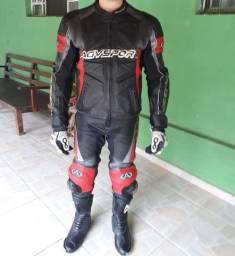 macacão AGV sport
