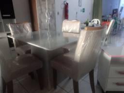 Mesa 04 Cadeira tampo Chanfrado com vidro
