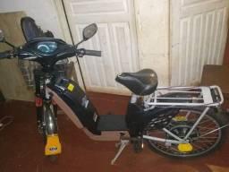 Bicicleta eletrica semi nova