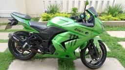 Moto esportiva Kawasaki 2009