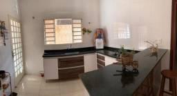 Casa com 03 dormitórios à venda,250.00m², AMÉRICA, SAO SEBASTIAO DO PARAISO - MG
