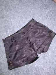 Shorts de cetim preto