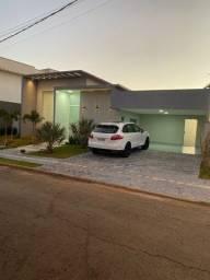 Título do anúncio: Casa de condomínio térrea para venda possui 320 metros quadrados com 4 quartos