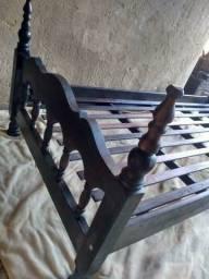 Título do anúncio: Cama de solteiro de madeira maciça