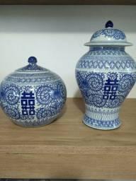 Cachepôs de porcelana chinesa.Importado.
