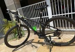 Título do anúncio: Bicicleta oggi 29 hacker hds 15,5