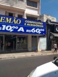 Título do anúncio: Apartamento com 2 dormitórios para alugar, 10 m² por R$ 600,00/mês - Centro - Uberaba/MG