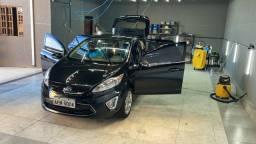 Título do anúncio: Estética Automotiva e Lava car contrata com urgência
