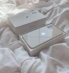 Vendo IPhone 11, na garantia