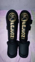 Caneleira Falcon Original para Muay Thai!!!
