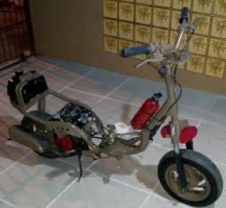 Título do anúncio: Projeto de patinete com motor de Jog 50 cc