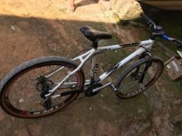 Vendo um bike GTS bem conservada aceito proposta