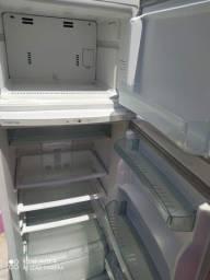 Título do anúncio: Geladeieeera Brastemp geladeira geladeira