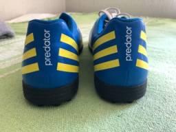 Chuteira society Adidas Predator