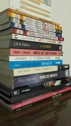 Vendo livros e HQs em ótimo estado