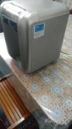 Purificador de água PE10B Eletrolux. Semi-novo. Inox (este valor é para retirada)
