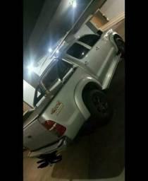 Toyota Hilux CD 4x4 STD - 2014