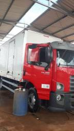 Caminhão 24 280 210.000 - 2017