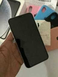 IPhone XR branco semi novo