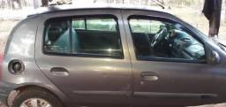 Vendo Renault Clio R$ 7.000 - 2000