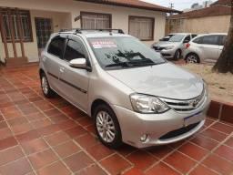 Toyota Etios 1.5 XLS - 2015 Prata