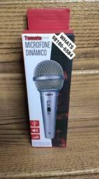 Microfone dinâmico com fio, Novo.