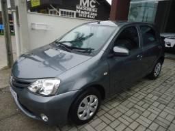 Toyota/Etios Hatch 1.3 X Flex - Mec