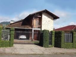 Casa à venda no bairro Barra do Rio Cerro - Jaraguá do Sul/SC