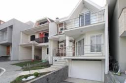 Casa em Condomínio com amplo espaço Gourmet à venda, 259 m² por R$ 798.000 - Capão Raso -