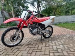 Vendo ou troco CRF 150f 2012