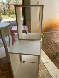 Vendo nichos e mesinha quarto infantil