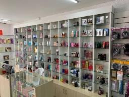 Loja de perfumes e cosméticos à venda em Curitiba no Pinheirinho Cod PT0631