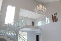 Sobrado alto padrão a venda, bairro Lapa, 3 suites, Três Lagoas