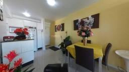 Apartamento 2 dormitórios com suíte no Estreito - Florianópolis