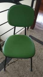Título do anúncio: Cadeira para escritório verde