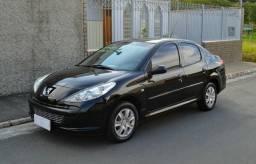Peugeot 207 Passion Sedan XR 1.4 8V