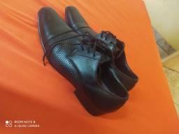 Sapatos seminovo