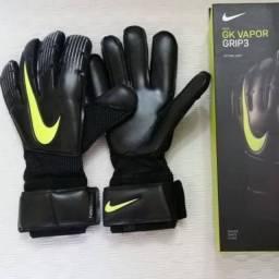 Luva de goleiro Nike profissional